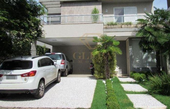 Imagem de uma casa no condomínio Alphaville 2